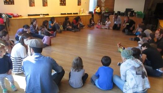El CDIAP modifica l'horari d'atenció psicològica i incorpora la videoconferència en els tallers infantils