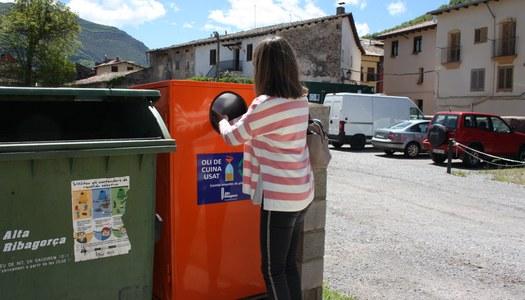 El Consell Comarcal instal·la contenidors per la recollida d'oli de cuina