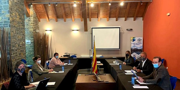 Els consells comarcals del Pirineu i el Conselh Generau d'Aran es reuneixen a Sort per demanar més comunicació  amb el Govern de la Generalitat