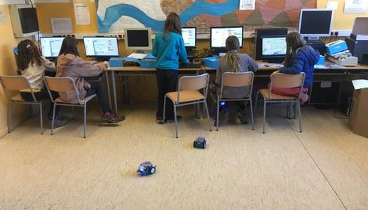 Es reprenen les sessions de robòtica als centres escolars organitzades pel Punt Tic Alta Ribagorça