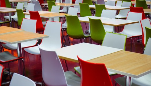 Increment del percentatge de les beques de menjador escolar
