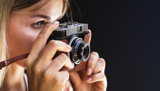 Mirades de Dona, un projecte de fotografia participativa pel 8 de març