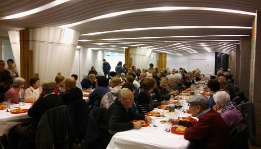 Un centenar de persones assisteixen a la festa dels majors de 85 anys a l'Alta Ribagorça