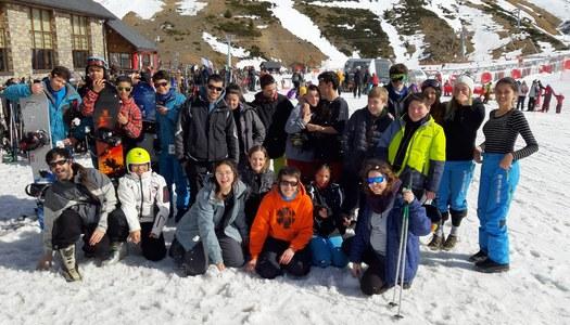 Una trentena de joves participen a l'Esquiada Comarcal